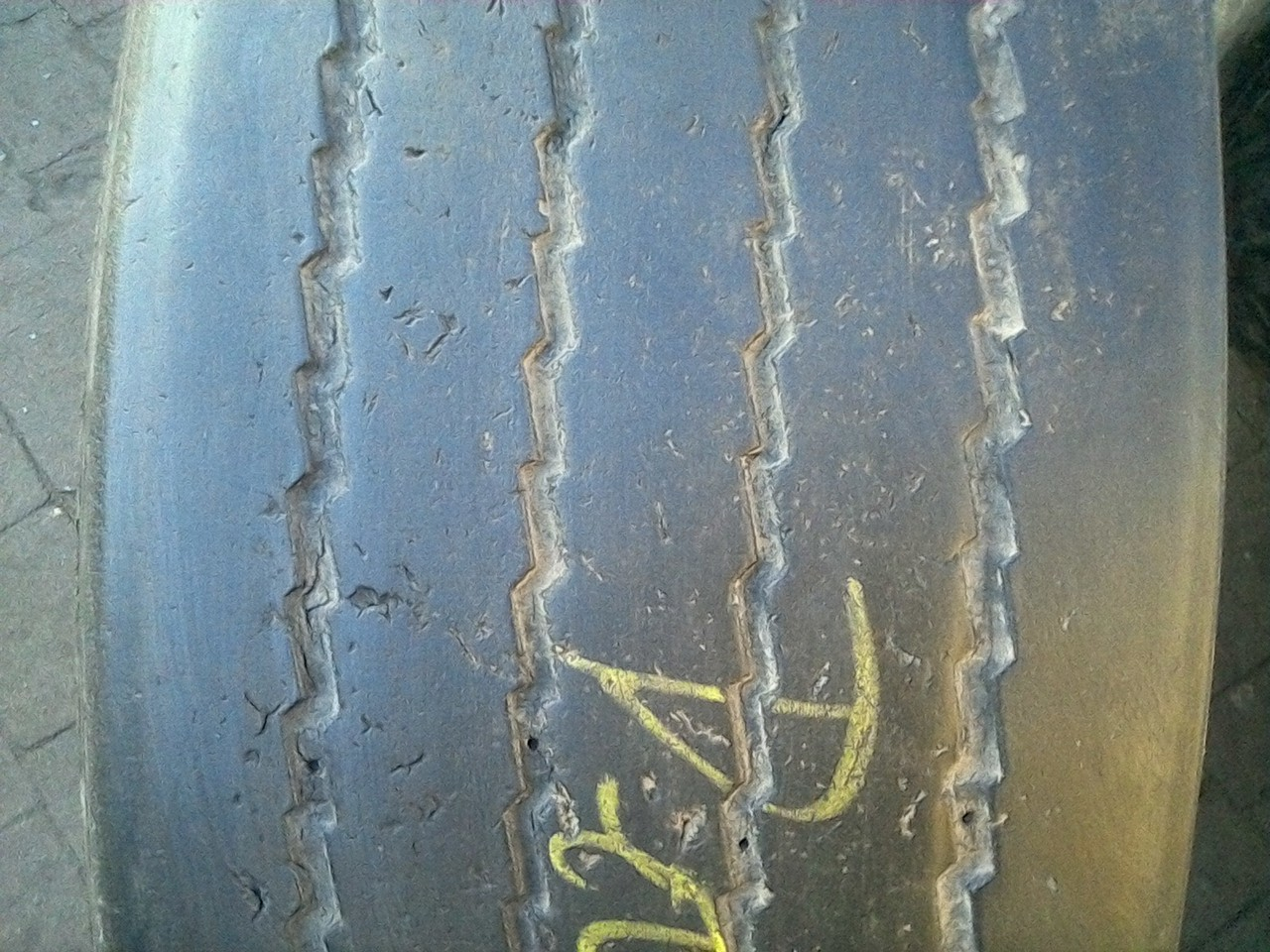 385/65 R22.5 HANKOOK TH 22 160K 5мм