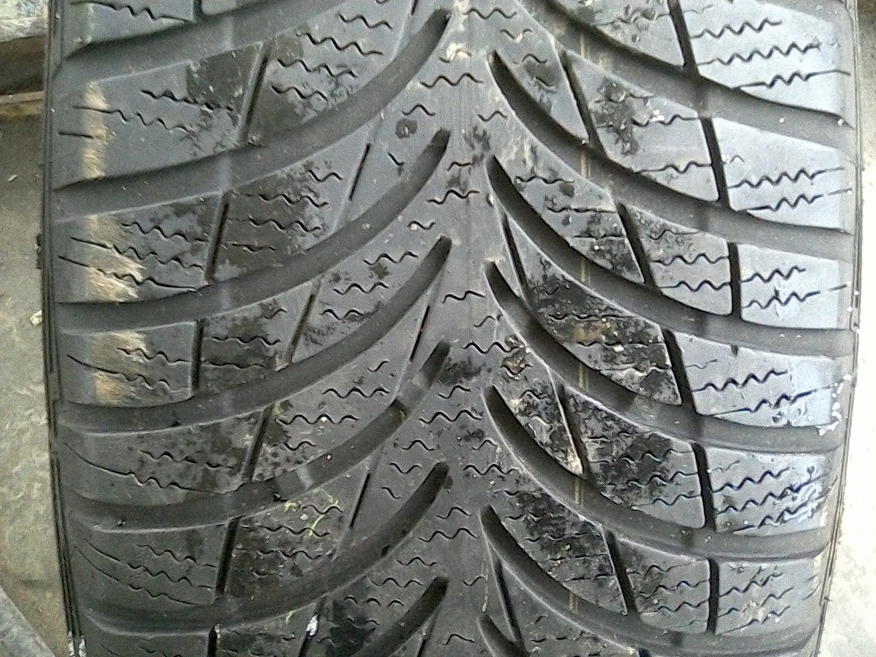 195/55 R16 GOODYEAR ULTRA GRIP 7+ 87H 4мм