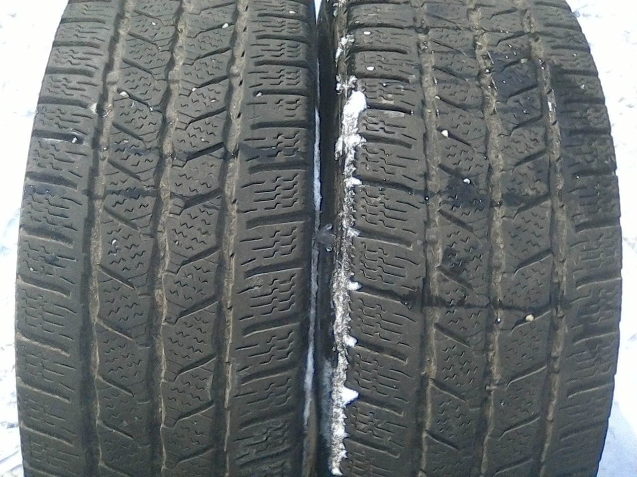 215/65 R16C CONTINENTAL VANCONTACTWINTER 109/107R 5мм