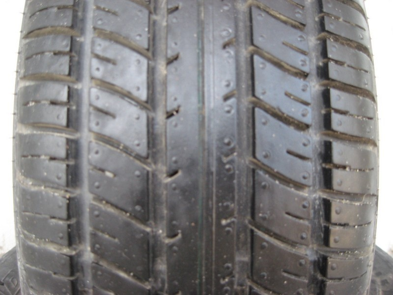 205/65 R15 BFGOODRICH TOURING T/A 94T